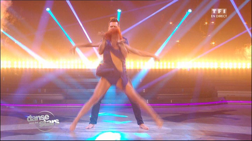 ... et Fauve Hautot sur « Wrecking Balls » (Miley Cyrus) - Bienvenue