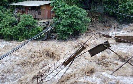 Fortes pluies dans plusieurs provinces du Sud de la Chine: 3 morts et des dégâts (  vidéo)