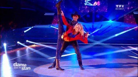 Vid�o Une danse Country pour Tonya Kinzinger et Maxime Dereymez sur � Wake me up � (Avicii) - Danse avec les Stars - Replay TV
