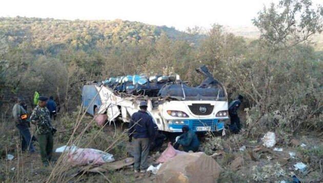 15-09-2014 - (03-08-2014) - L'accident mortel d'un bus de touristes belges au Kenya d� � un d�faut technique?